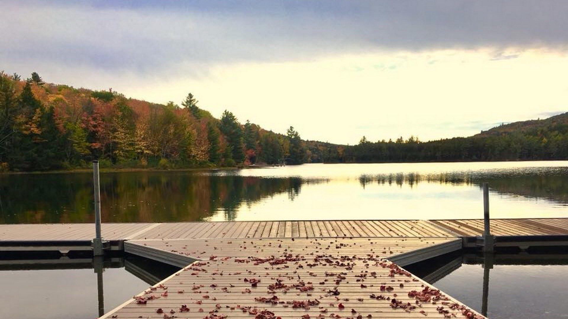 Boathouse dock in Fall